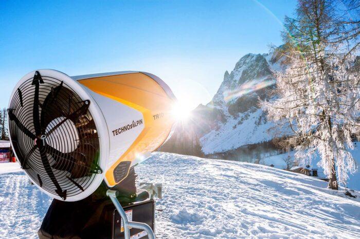 TechnoAlpin TR10 Schneeerzeuger Sexten Dreizinnen Rotwand Schnee Winter Skifahren Südtirol