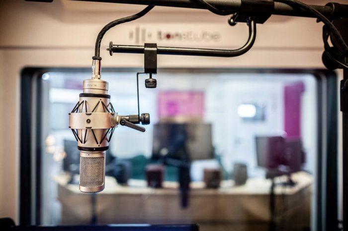 Tonstube Audio Production Tonstudio Aufnahmestudio Voicerecording Hörspiel Dialog Podcast Audioguides Oberbozen Ritten Südtirol Bozen