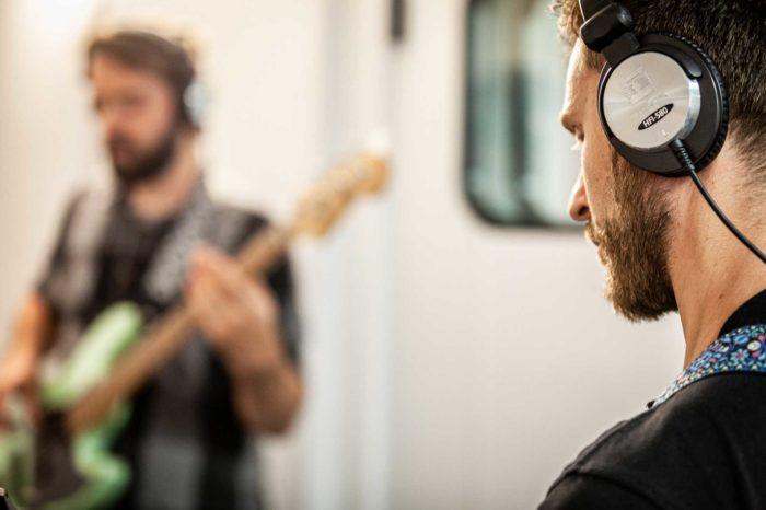 Tonstube Audio Production Tonstudio Tonaufnahmen Aufnahmeräume Band Live Recording Equipment Oberbozen Ritten Südtirol Bozen