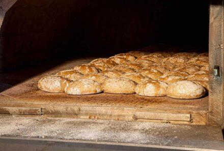 Trotnerhof Brot handgemacht Bäckerei Tradition Urlaub auf dem Bauernhof Oberbozen Ritten Südtirol